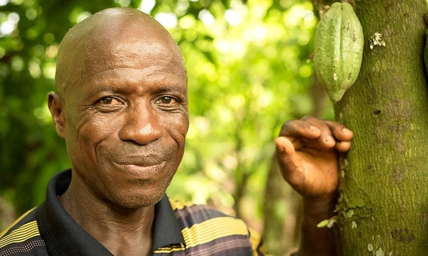 Oti is a cocoa farmer at a Fairtrade certified cooperative in Ghana.